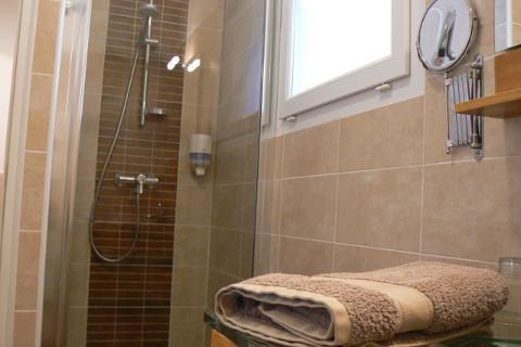 chambre-garrigue-salle-de-bain1